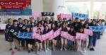史维教授与同学于科大信息日上合照 - 香港科技大学