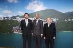 (右起)校董会主席廖长城先生、史维教授及校董会副主席兼遴选委员会主席查逸超教授于记者会上合照 - 香港科技大学