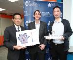 (左起) 科大电子及计算器工程学系主任施毅明教授、电子及计算器工程学系兼化学及生物工程学系夏利莱博士副教授Matthew McKay,以及是电子及计算器工程学系的研究助理教授以及科大高等研究院的青年学人雷可业 - 香港科技大学