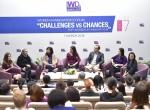 出席「挑战与机会—女性·创新论坛」讨论的嘉宾。 - 香港科技大学