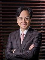 公开大学颁授二零一九年度荣誉博士学位予三位杰出人士 - 香港公开大学